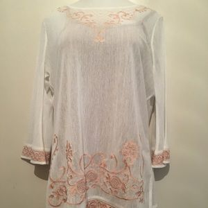 Gimmicks by BKE sheer boho embroidered top